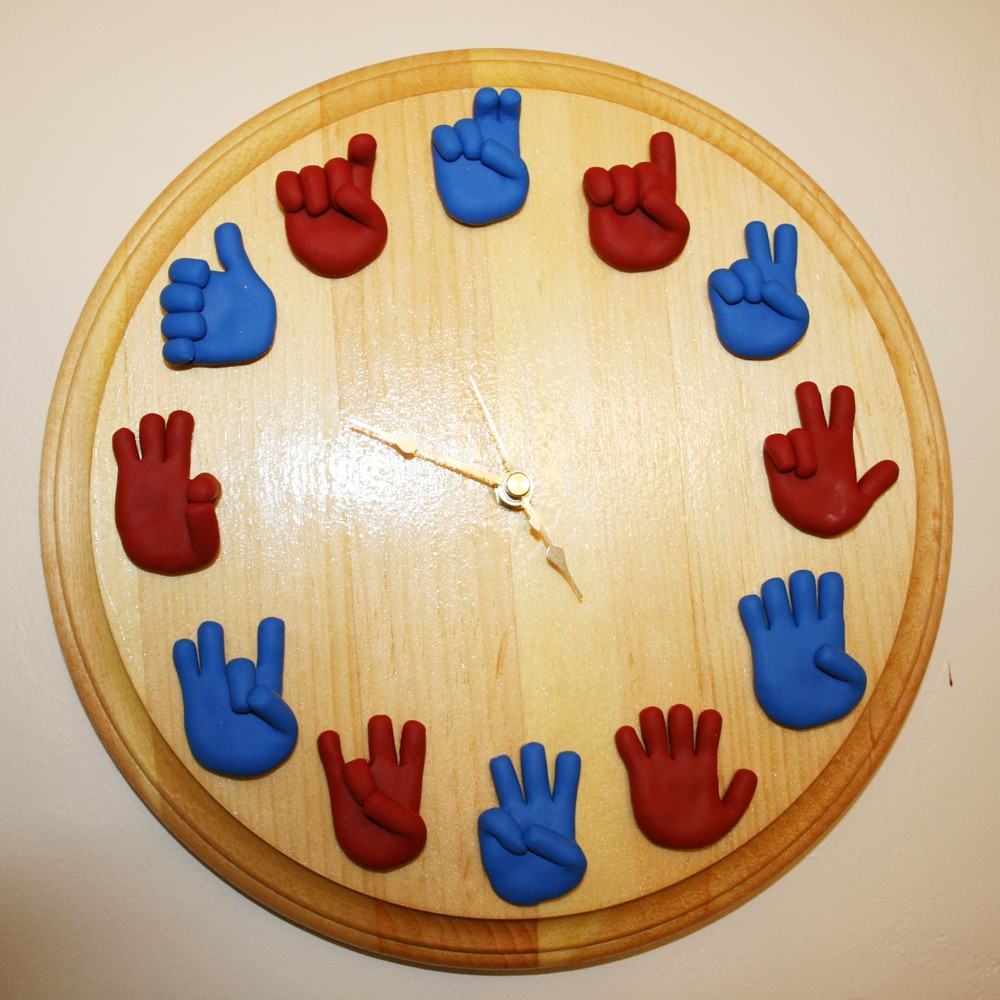 American Sign Language Classroom Decorations ~ Sign language wall clock stuff you should have